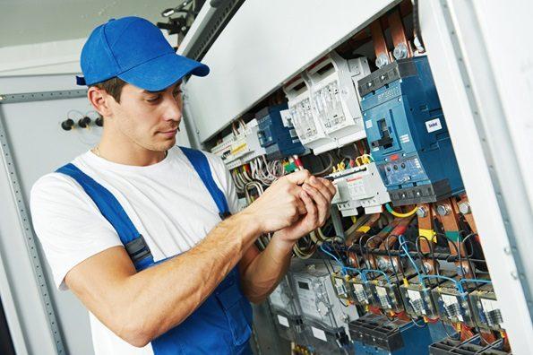 Como Ser um Eletricista Profissional Qualificado